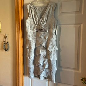 Beautiful Party Dress - never worn!